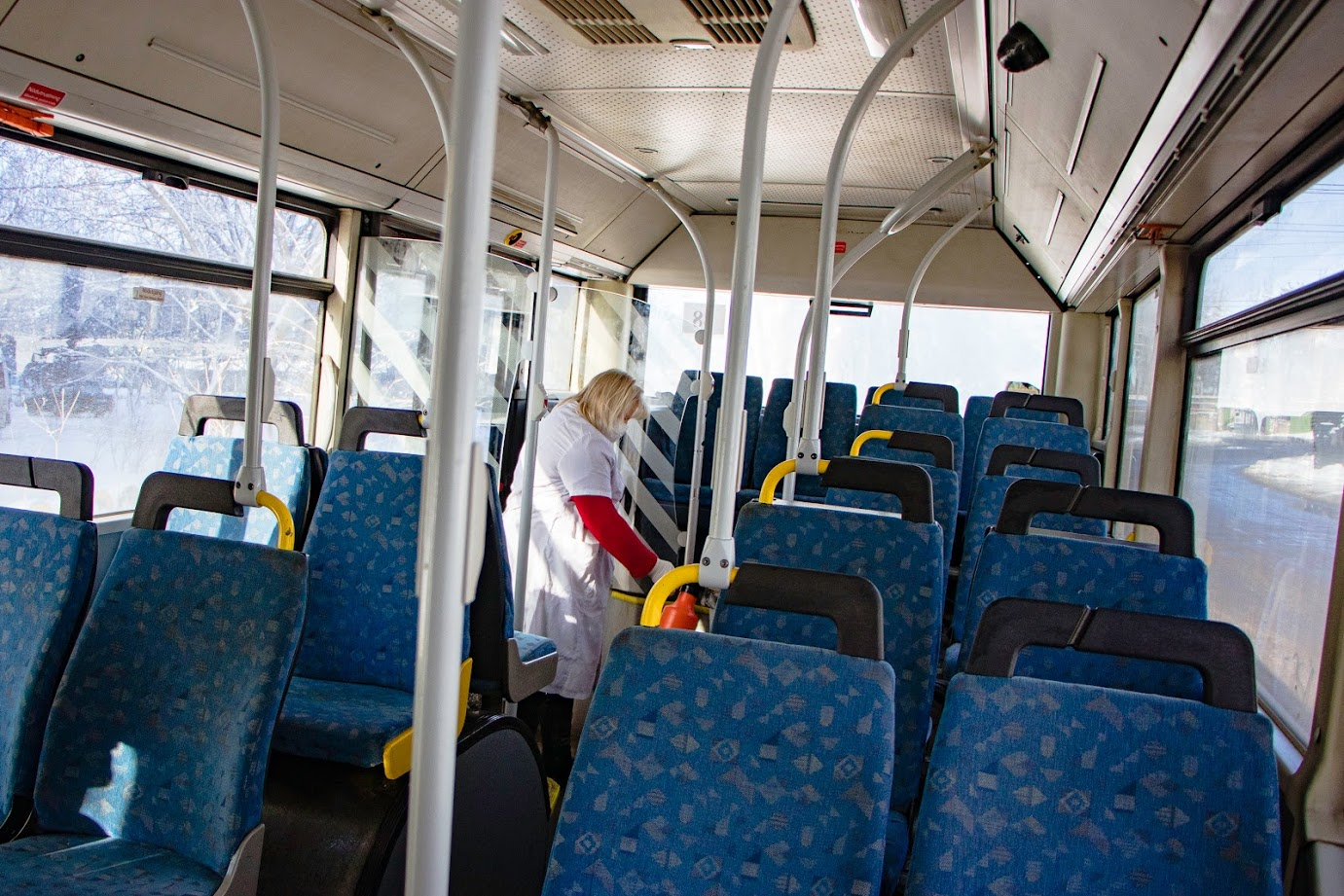 В Днепре усилили санитарную обработку городских автобусов. Новости Днепра