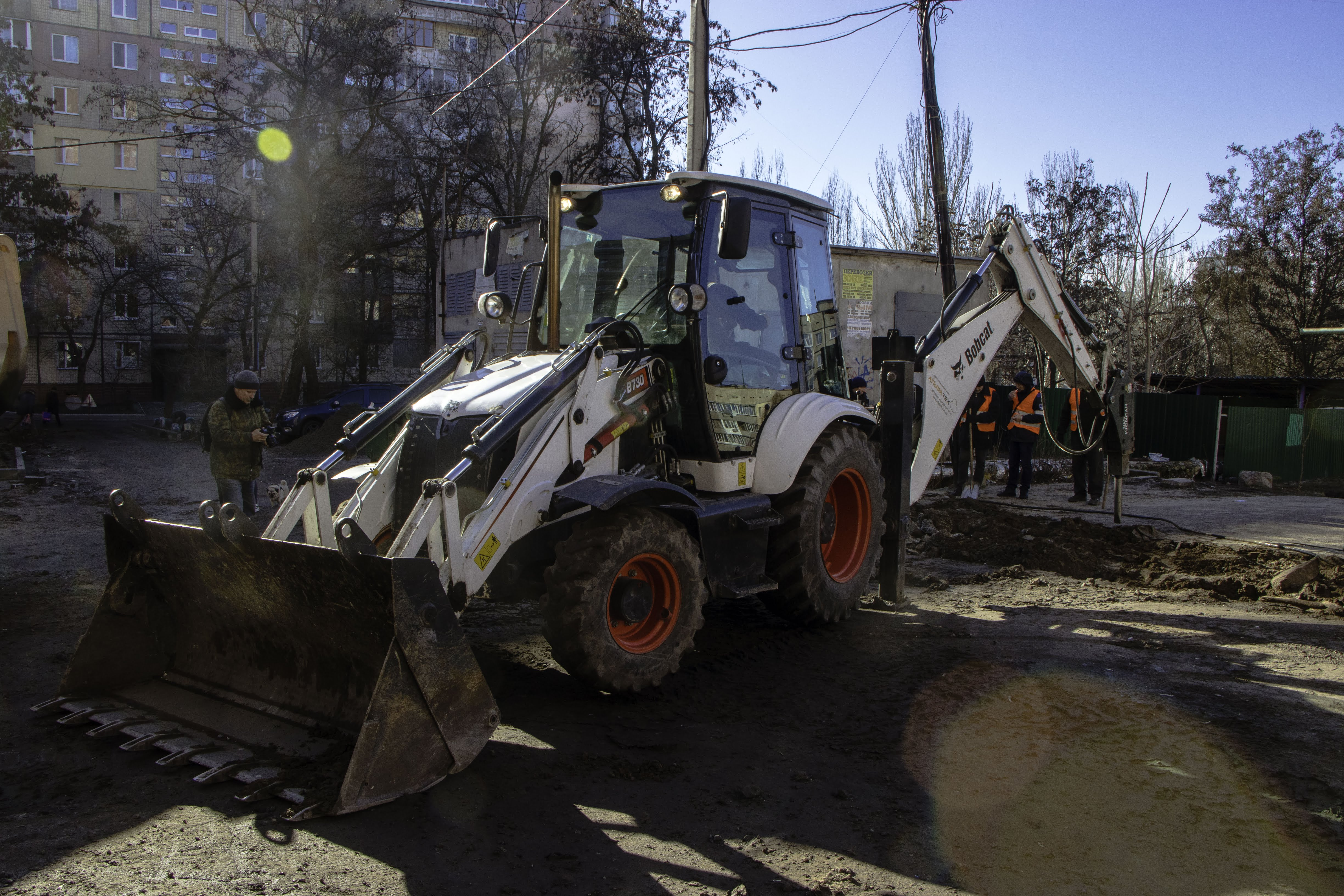 В Днепре ремонтируют дороги во дворах. Новости Днепра