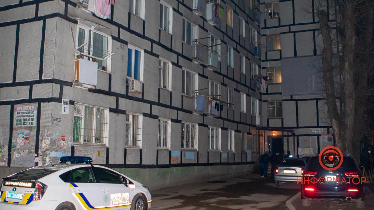 В Днепре мужчина умер после падения с 5 этажа. Новости Днепра