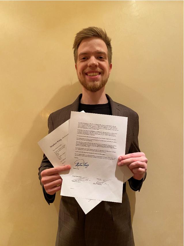 Украинский студент подписал контракт на экранизацию с писателем Стивеном Кингом. Новости Украины