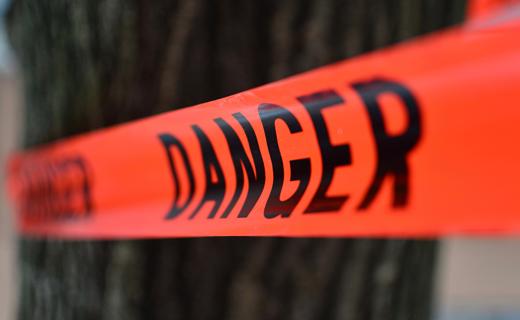 В Днепре разваливается мост: прохожие в опасности. Новости Днепра