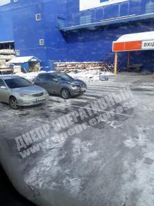 Новости Днепра про «Где ехал, там и стал»: днепряне возмущены «гениями» парковки