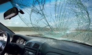В Днепре разбивают и грабят машины. Новости Днепра
