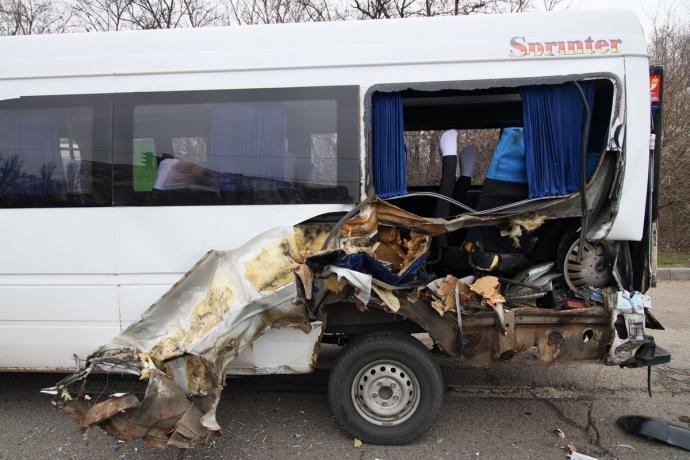 ДТП з вантажівкою і двома маршрутками в Дніпрі: розшук свідків. Новини Дніпра
