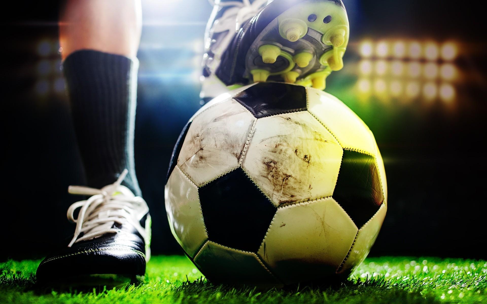 Из-за коронавируса: УЕФА объявил о переносе Евро-2020. Новости мира