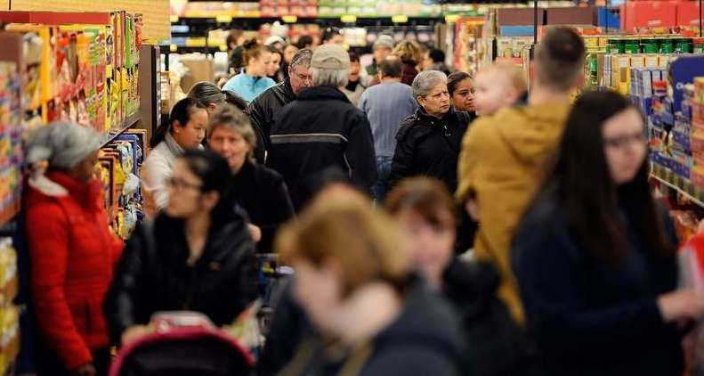 Коронавирусная паника в Днепре: ситуация в магазинах. Новости Днепра