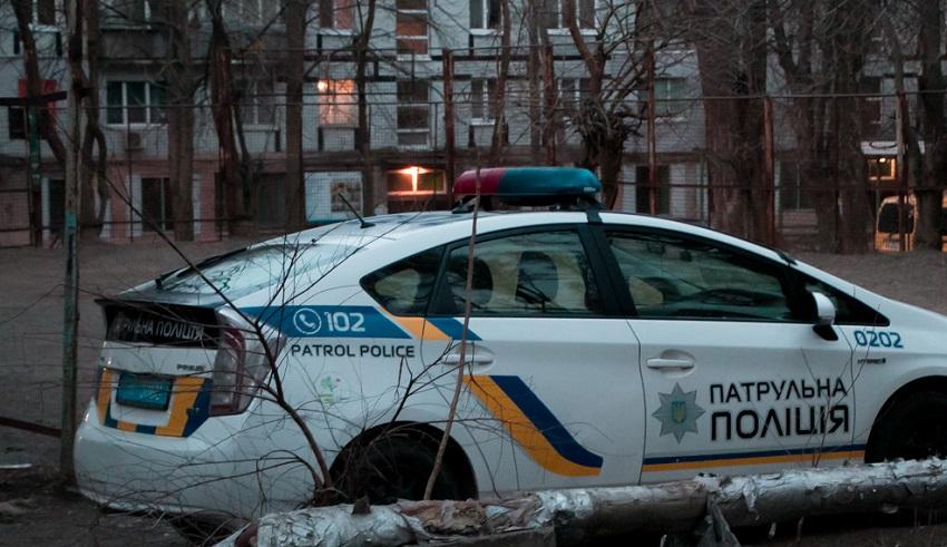 В Днепре обнаружили повешенного мужчину у детской площадки. Новости Днепра