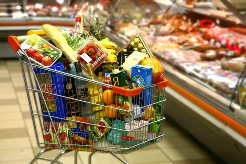 Снижение цен наблюдается на курятину, масло и сахар.. Новости Днепра