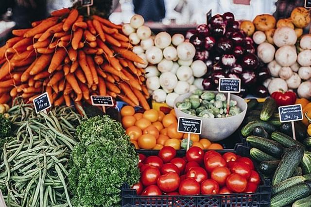 В Днепре уже работают продовольственные рынки. Новости Днепра