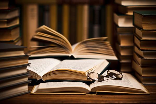 В начале мая КУ «Централизованная система библиотек для детей» закупила для библиотеки-филиала № 4 более двухсот книг. Новости Днепра