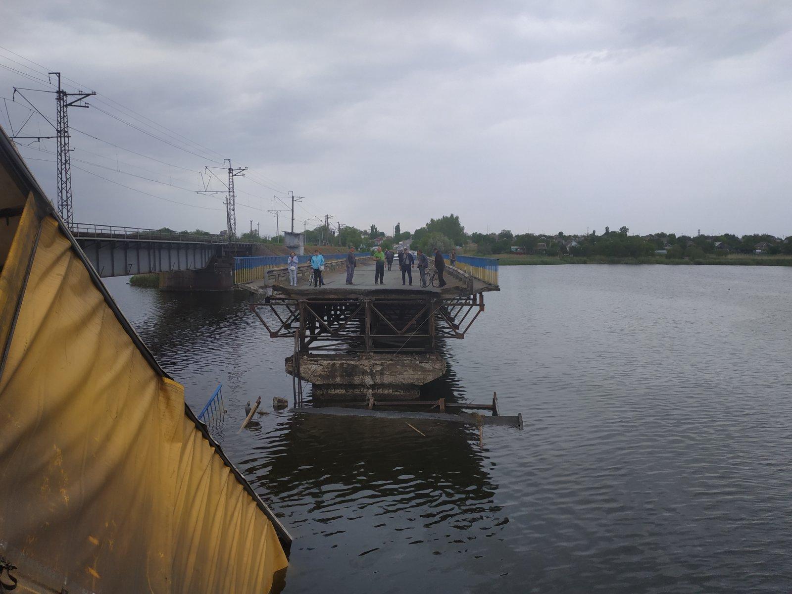 На Днепропетровщине обрушился мост во время проезда фуры. Новости Днепра