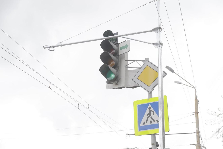 В Днепре ремонтируют и устанавливают светофоры. Новости Днепра