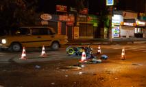 ДТП с пострадавшим: в Днепре таксист влетел в мотоцикл