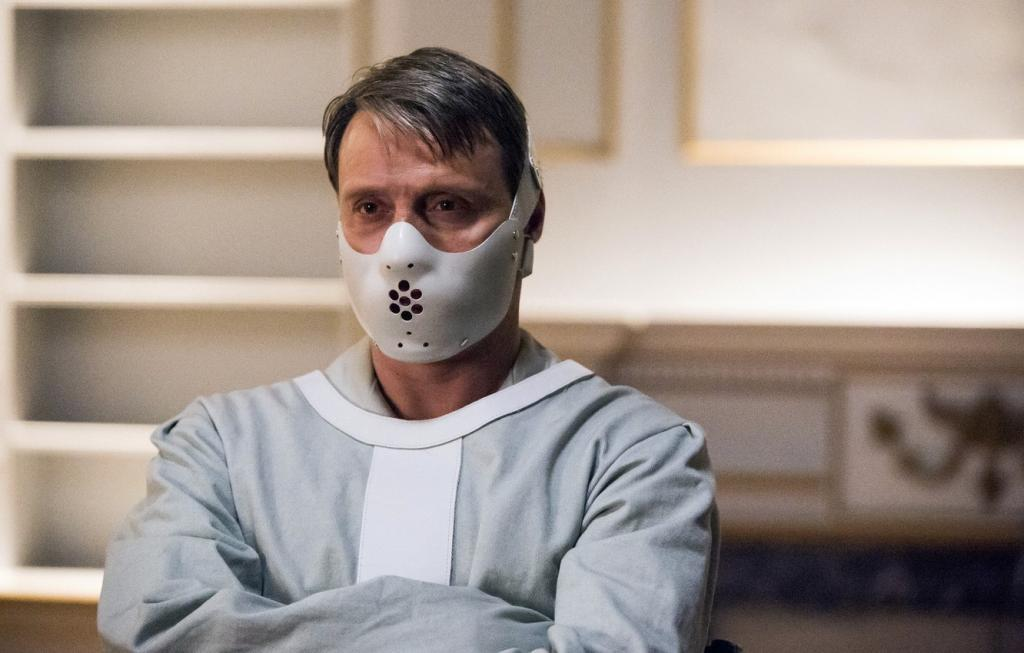 Больной в смирительной рубашке. Новости Украины