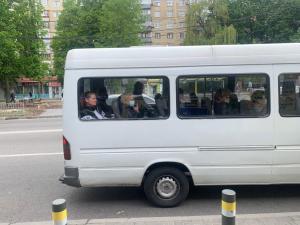 Местная жительница решила отказаться ехать в маршрутке из-за того, что на некоторых пассажирах не было защитных масок. Новости Днепра