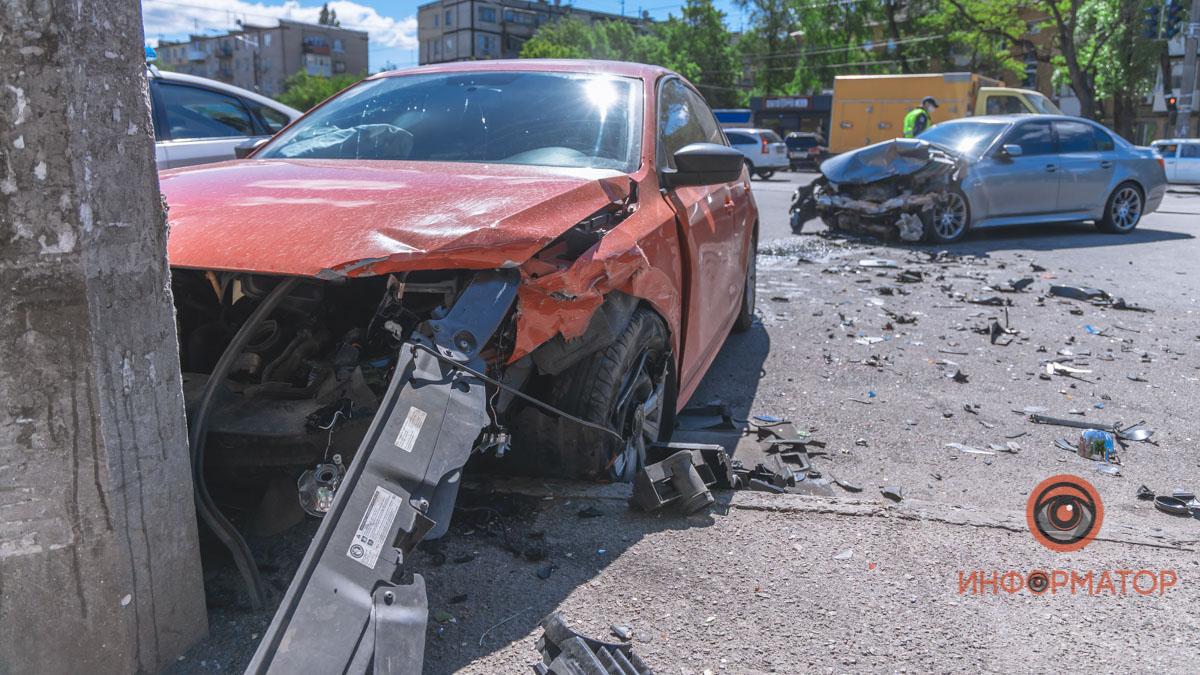 В ДТП на проспекте Свободы в Днепре пострадали 3 человека. Новости Днепра