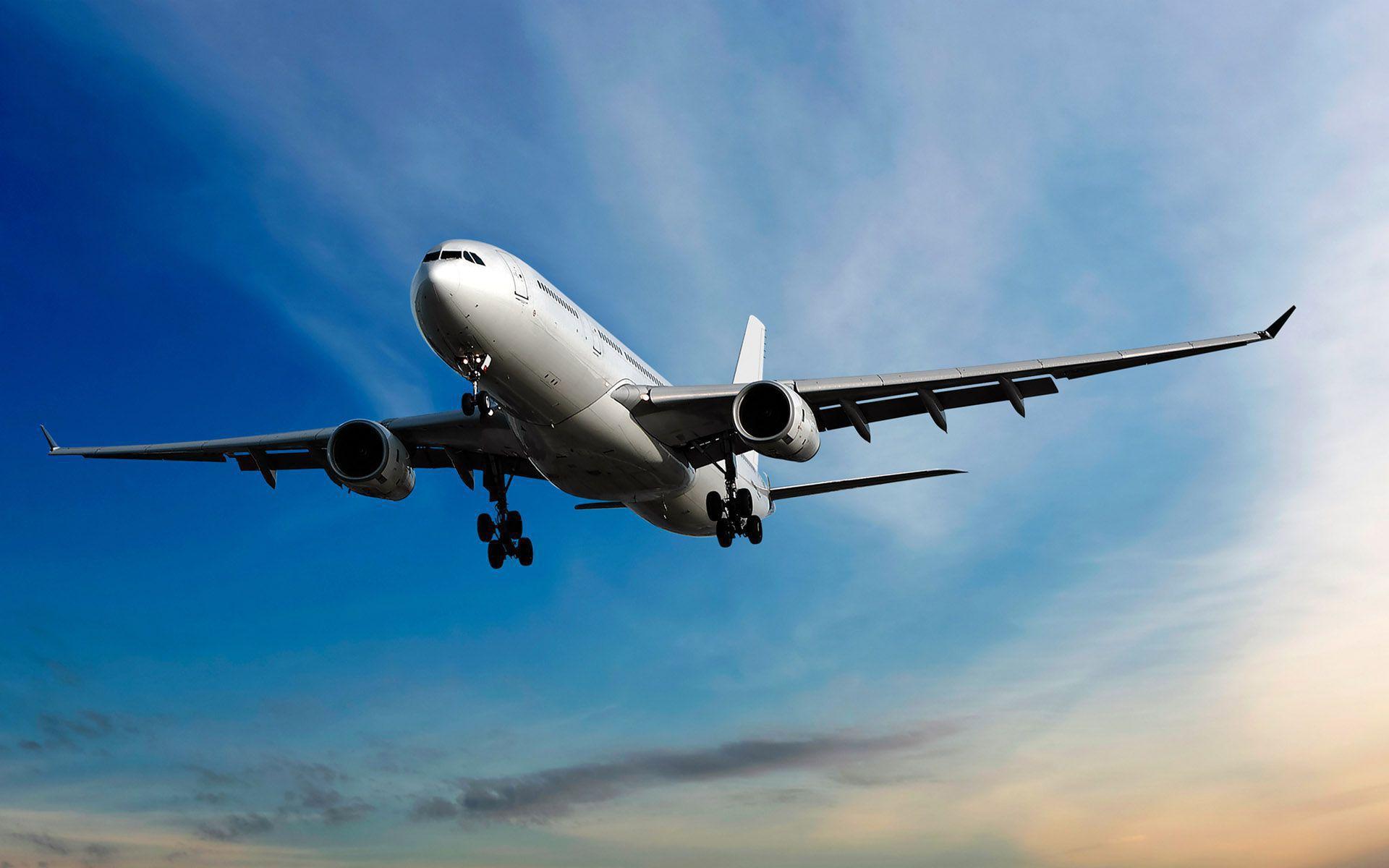 Авиакомпаниям, которые продают билеты на май-июнь, пригрозили штрафами. Новости Украины