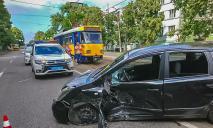 Серьезное ДТП в Днепре: движение трамваев заблокировано