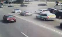 Выехал на «встречку»: в Днепре водителю стало плохо за рулем