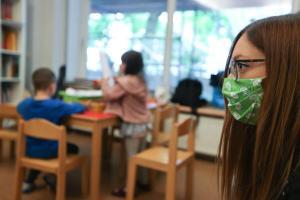 Министрество образования намерено наработать материалы не только для безопасности санитарных условий, но также и для того, чтобы дети получали социализацию. Новости Украины
