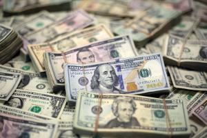 Стоит ли скупать доллары рассказал советник президента. Новости Украины