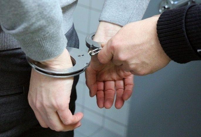 По горячим следам задержали подозреваемых в грабеже. Новости Днепра