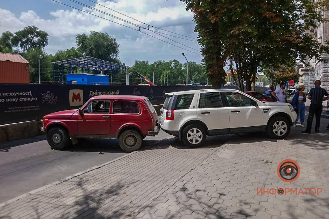 ДТП в центре Днепра парализовало движение. Новости Днепра