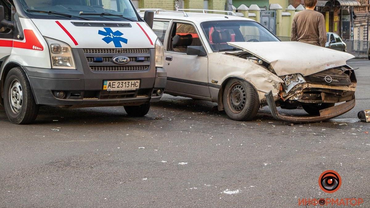Видео момента ДТП со скорой в Днепре. Новости Днепра