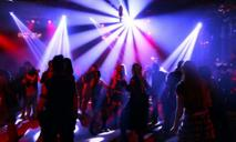 Карантин: в Украине ночным клубам запретили работать ночью