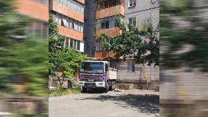 Женщина превратила квартиру в помоку, соседи не выдержали. Новости Днепра