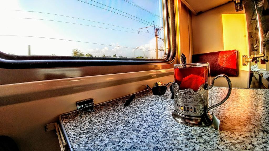 поезд Днепр Геническ