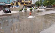 Потоп в Днепре: жители 2 микрорайонов остались без воды