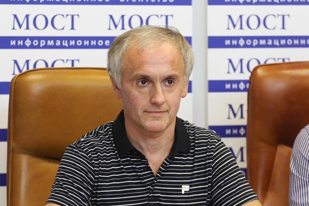 Новости Днепра про Почему общественники Днепра «поставили» на медика и сельского голову на мэрских выборах