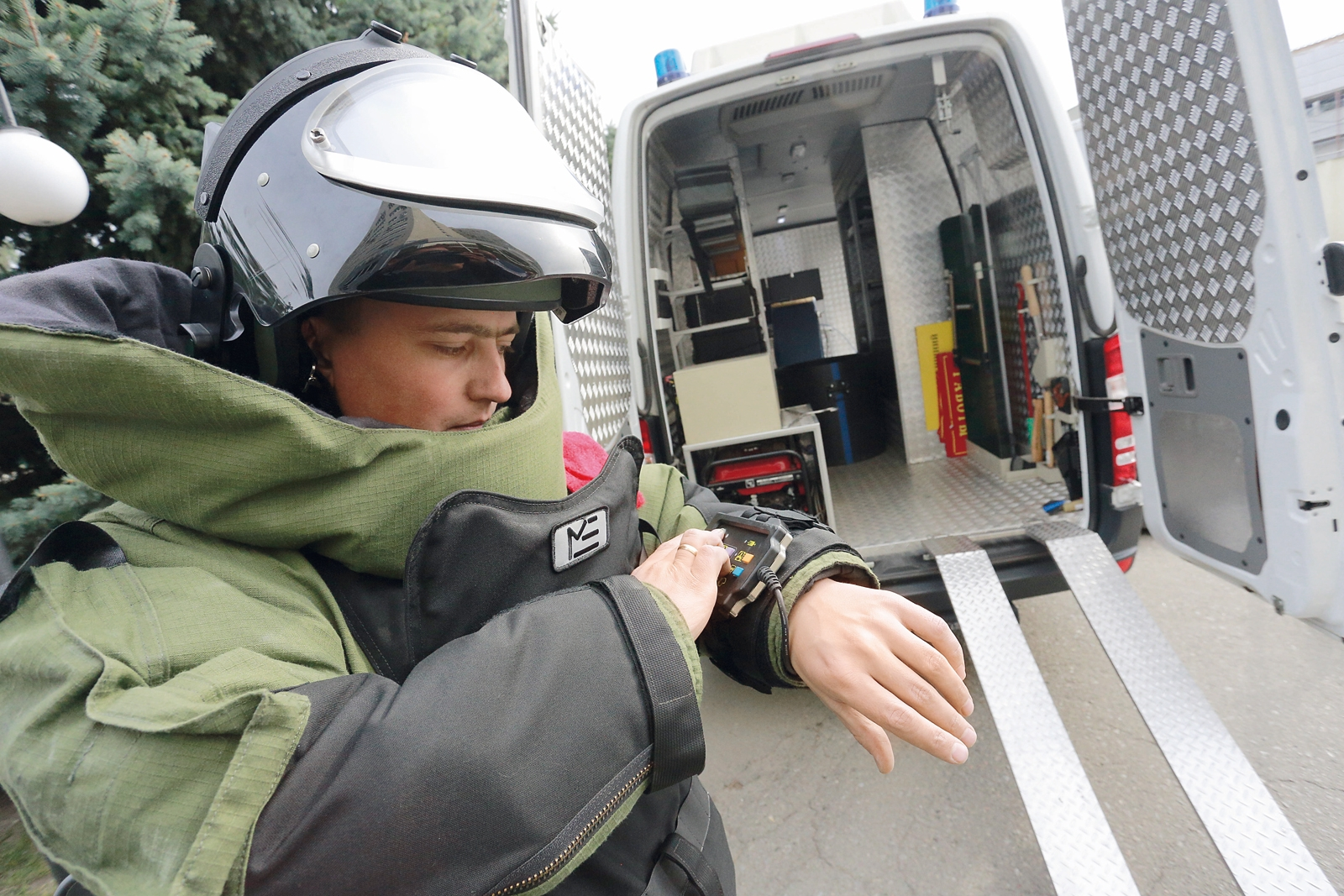 Взрывотехники уничтожили мину и снаряд. Новости Днепра