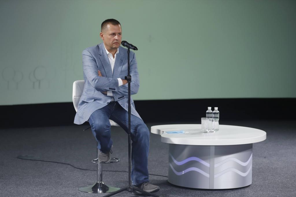 Новости Днепра про Борис Филатов поздравил выпускников-медалистов Днепра
