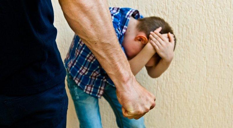 Новости Днепра про «Угрожал, материл и бил»: в Днепре мужчина напал на ребенка
