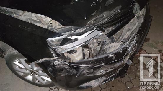 Женщина за рулем авто испротила припаркованные машины. Новости Днепра