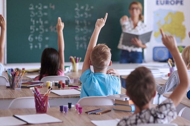 Стало известно, в каких населенных пунктах в сентябре не откроют школы. Новости Украины