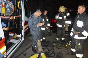 Выбраться из девятиэтажного горящего помещения людям помогли спасатели. Новости Днепра