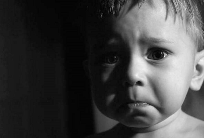 По словам матери, мужчина пытался завлечь ее сына вкусненьким. Новости Днепра
