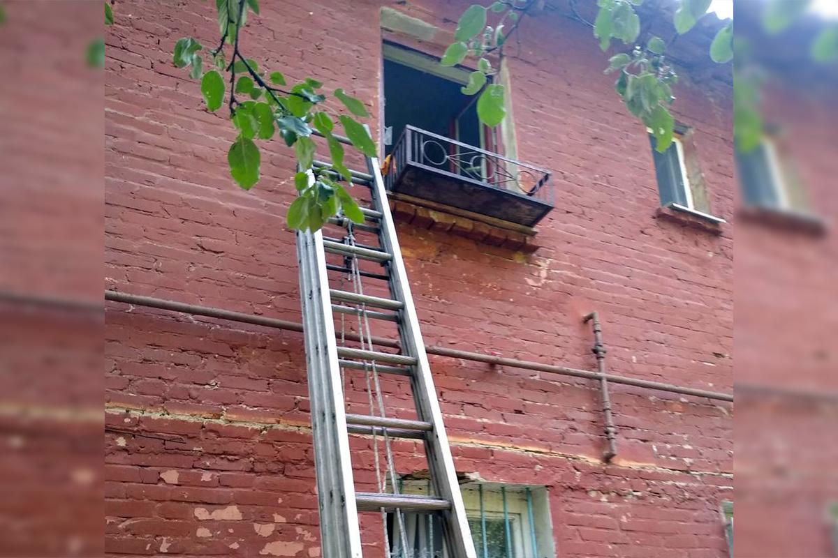 Пожар в Днепре: пламя охватило квартиру. Новости Днепра