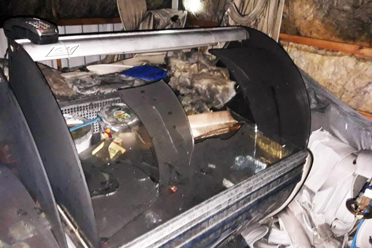 Сгорел киоск, расположенный на рынке. Новости Днепра