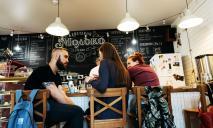 Как безопасно посещать рестораны во время карантина – МОЗ