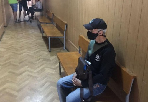 Судят мужчину, нападавшего на собачников. Новости Днепра