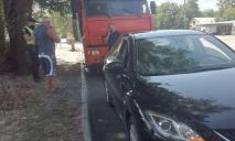 ДТП в Днепре: грузовик влетел в авто
