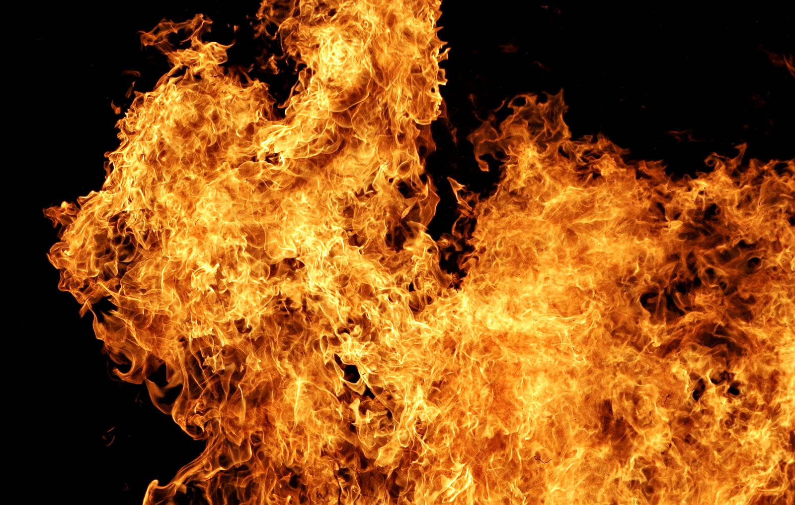 В Днепре 4-летний ребенок поджег квартиру. Новости Днепра