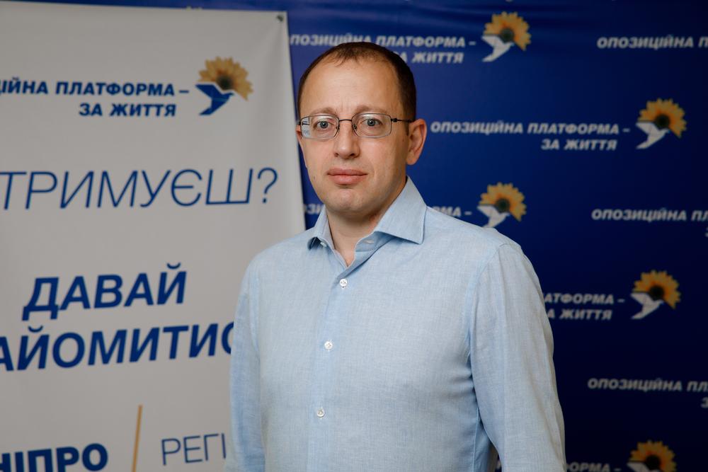 Новости Днепра про Сегодня наверх всплывают те, кто ничего не умеет и не знает, но вовремя надевает вышиванку, - Геннадий Гуфман о философии пост-майданной Украины