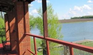 Новости Днепра про «Альтернатива морю»: какие недорогие базы отдыха есть недалеко от Днепра