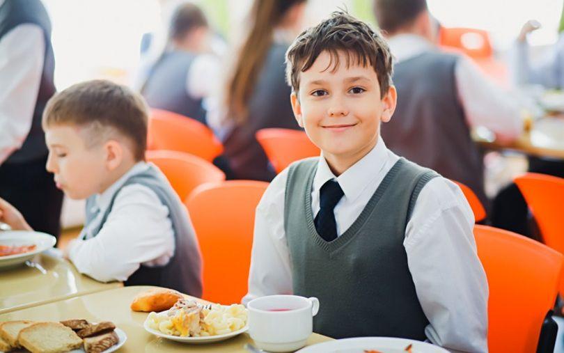 Как в школах Днепра будут кормить школьников. Новости Днепра