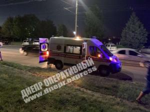 ДТП произошло на Сичеславской Набережной вчера, 15 августа. Новости Днепра
